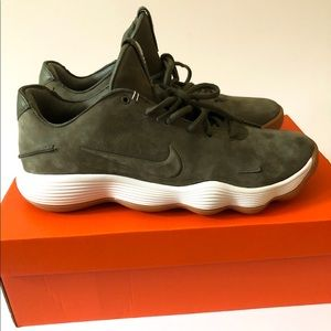 Nike Hyperdunk Olive Green Nubuck 897636-902 Sz10